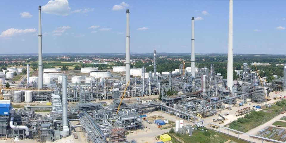 Rosneft erhöht Anteil an Bayernoil Raffinerie